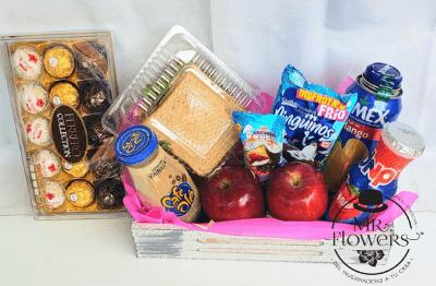 Caja de Snacks con Ferrero