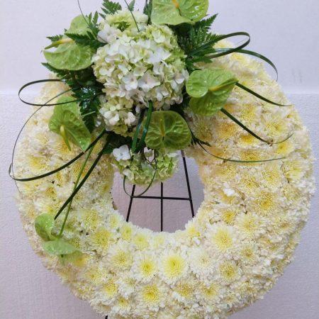 Corona Fúnebre Elegante con Anturios